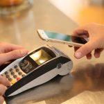 Czy telefony komórkowe zastąpią karty płatnicze?
