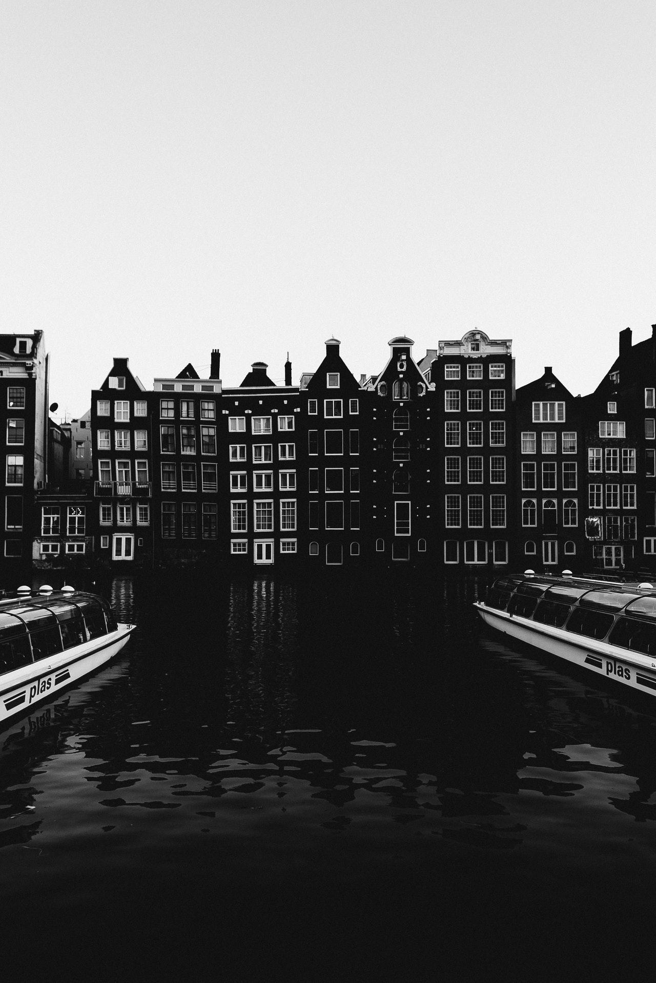 mieszkania nad rzeką